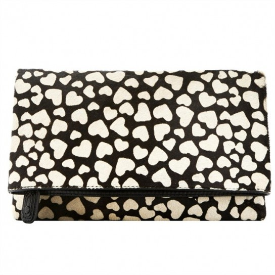 clutch-di-alice-and-olivia-con-cuori
