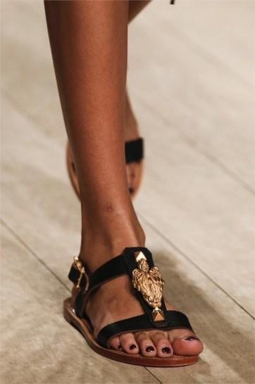 valentino-sandali-africa-style