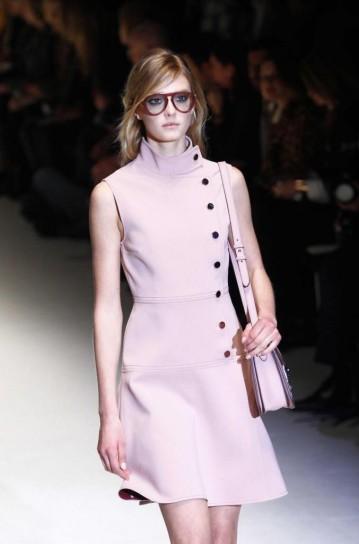 vestito-rosa-di-gucci
