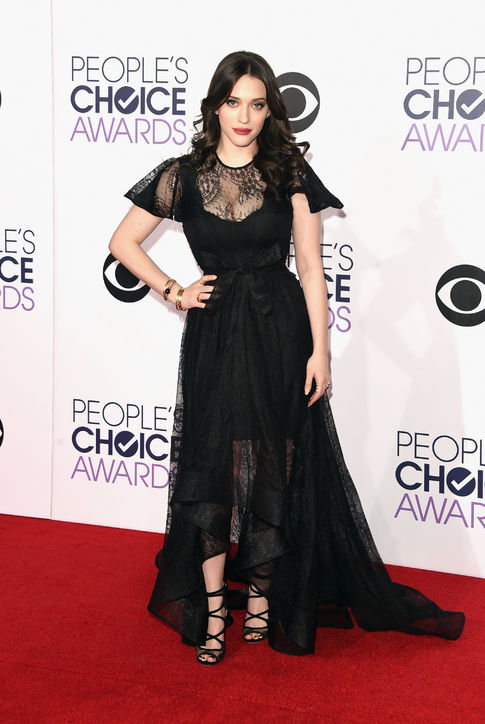 kat-dennings-black-lace-dress-peoples-choice-awards-2015-h724