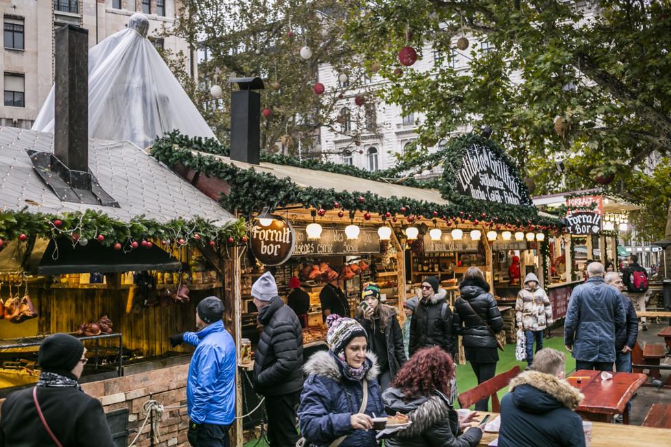 budapest-christmas-market