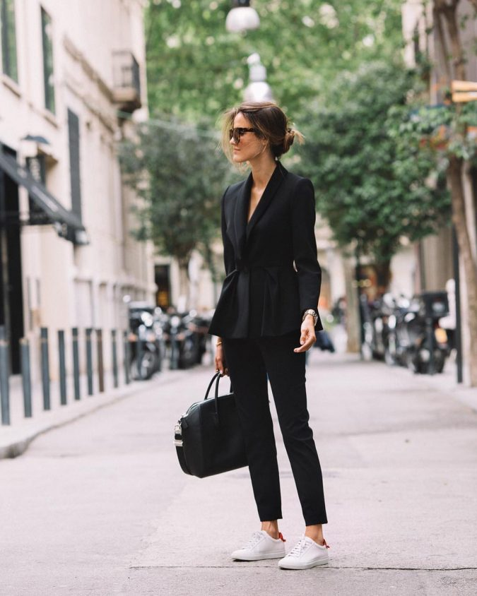 summer-work-outfit-black-suit-675x844